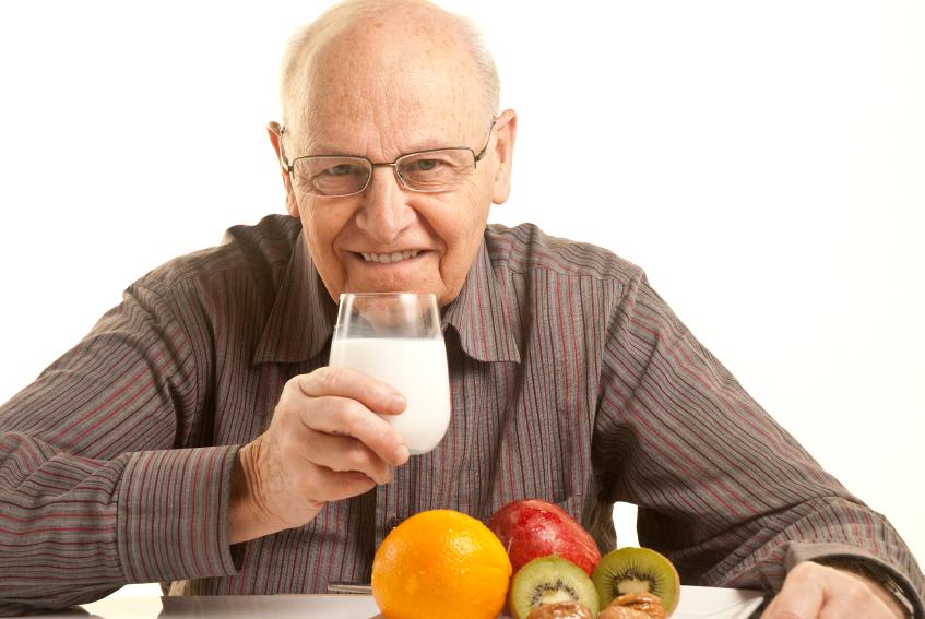 Como deve ser a alimenta o dos idosos care bem for A tavola con guy